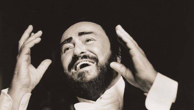"Movie poster image for ""PAVAROTTI"""