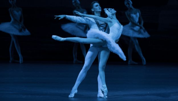 Movie poster image for BOLSHOI BALLET: SWAN LAKE