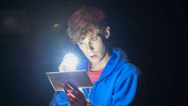 """Movie poster image for """"NATIONAL THEATRE LIVE - THE CURIOUS INCIDENT OF THE DOG IN THE NIGHT - TIME"""""""