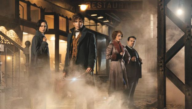 Movie poster image for FANTASTIC BEASTS AND WHERE TO FIND THEM