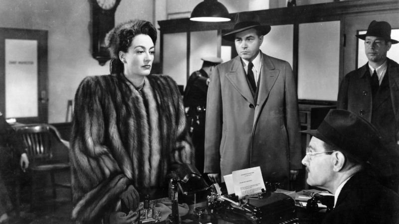 Movie poster image for MILDRED PIERCE