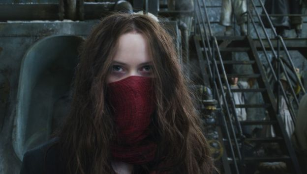 "Movie poster image for ""MORTAL ENGINES"""