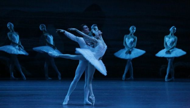 "Movie poster image for ""SWAN LAKE - BOLSHOI BALLET"""