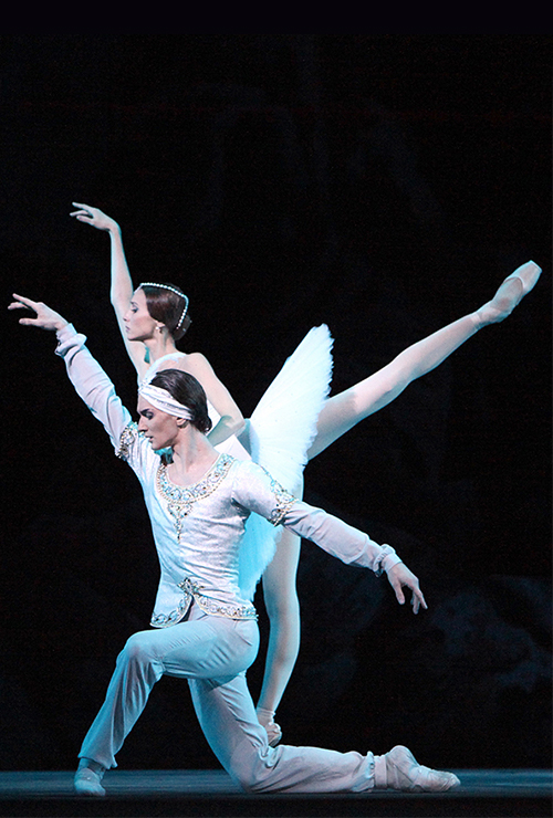 "Movie poster image for ""BOLSHOI BALLET: LA BAYARDERE"""